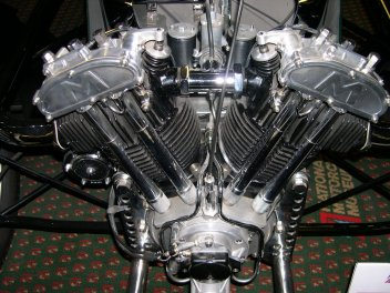 Matchless V2 im Morgan